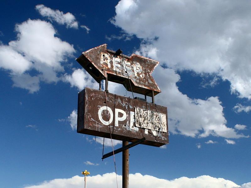 'Beer Open' sign